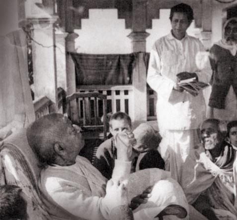 SCSMath Govinda Maharaj y Srila Prabhupada
